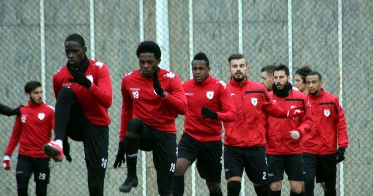 Samsunspor'da 8 futbolcu kaldı