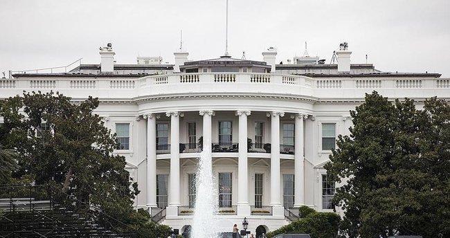 ABD'de silahlı saldırılar Beyaz Saray önünde protesto edildi
