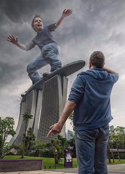 Grafiker baba oğlunu fenomen yaptı