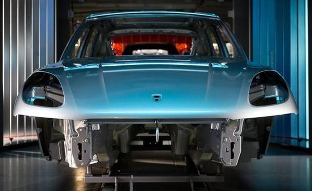 Porsche'nin yapılış süreci fotoğraflandı
