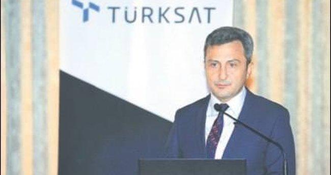 Türksat yeni uydu projelerini başlattı
