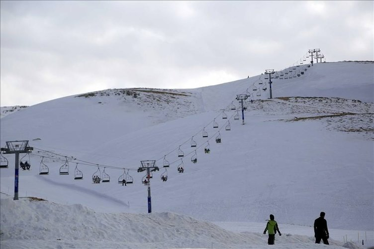 Lübnan'da kayak sezonu