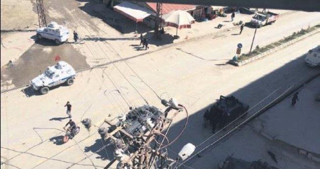 Zırhlı aracın silahı kazayla ateş aldı