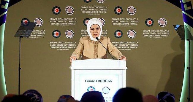 Emine Erdoğan Adana'da yaşanan faciayla ilgili konuştu!