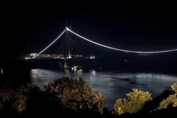 Yavuz Sultan Selim köprüsü ışıl ışıl