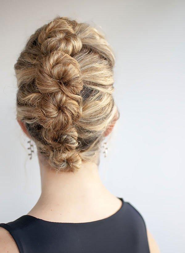 En doğal düğün saç modelleri