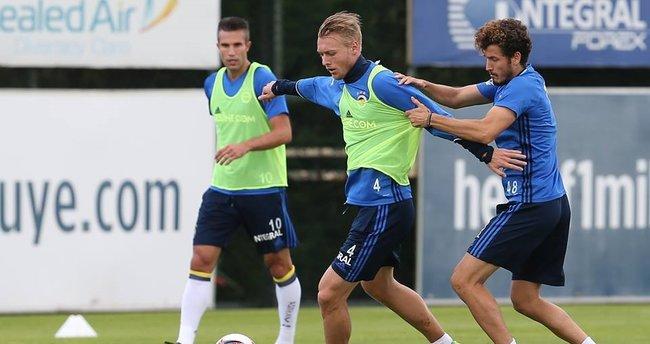Fenerbahçe, Feyenoord'a hazırlanıyor