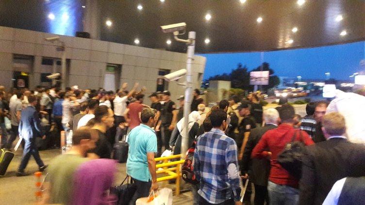 Atatürk Havalimanı güne böyle başladı