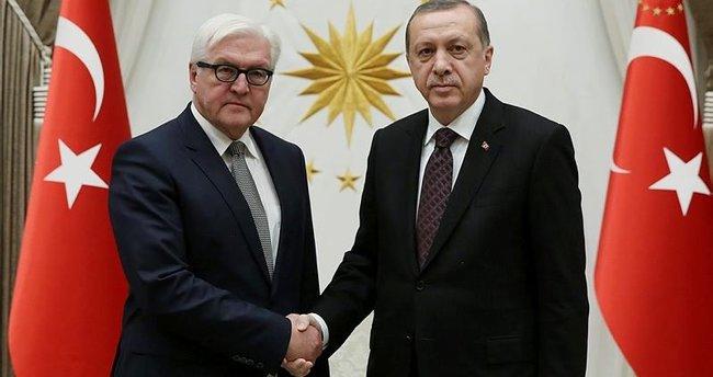 Erdoğan Steinmeier'i kabul etti!
