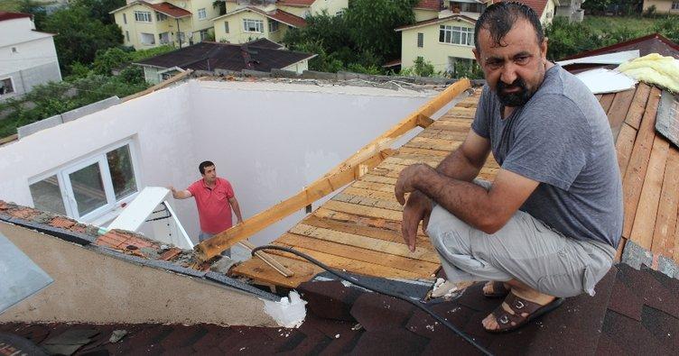 Şiddetli fırtına gece uyurken üzerilerinden çatıyı uçurdu