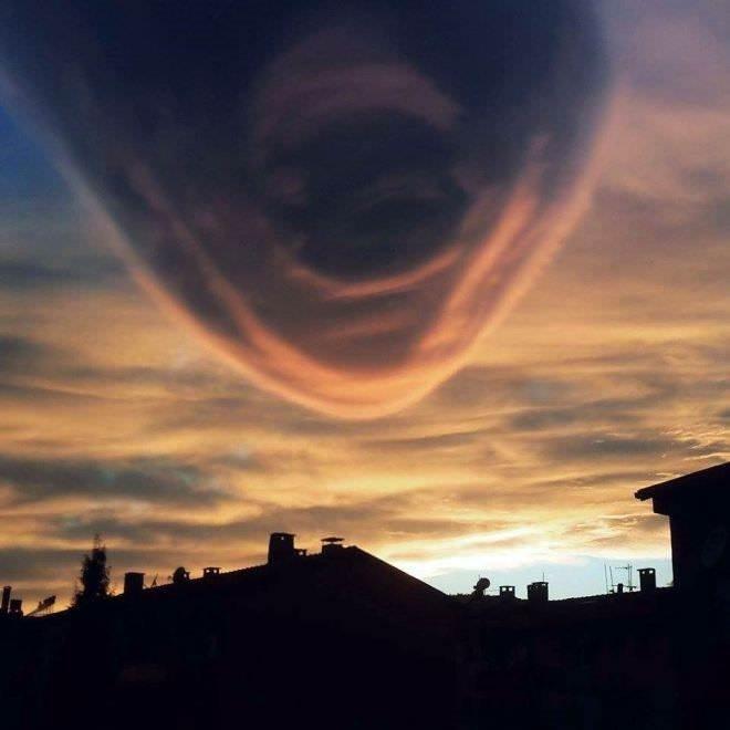 Aydın'da şaşırtan gökyüzü görüntüsü