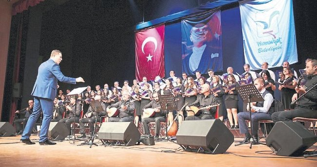 10 Kasım'da Atatürk konseri