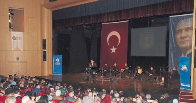 Türküler mest etti