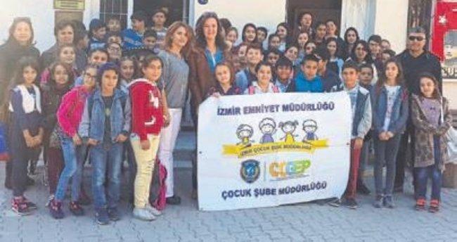 İzmir Emniyeti'nden Bahar Dalları projesi