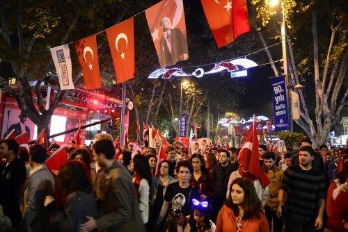 Bağdat Caddesi'nde Cumhuriyet coşkusu