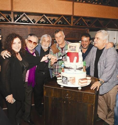 Mustafa Alabora doğum gününü kutladı