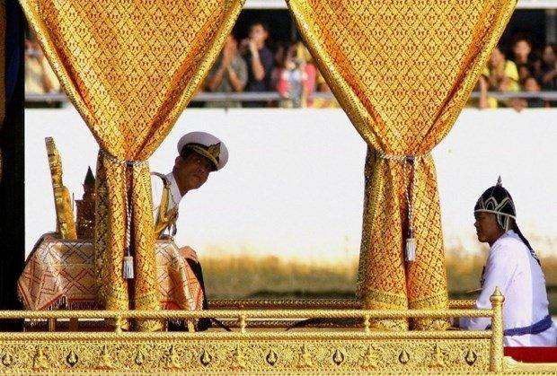 Tayland'ın yeni Kral'ı sıradışı kişiliğiyle tanınıyor