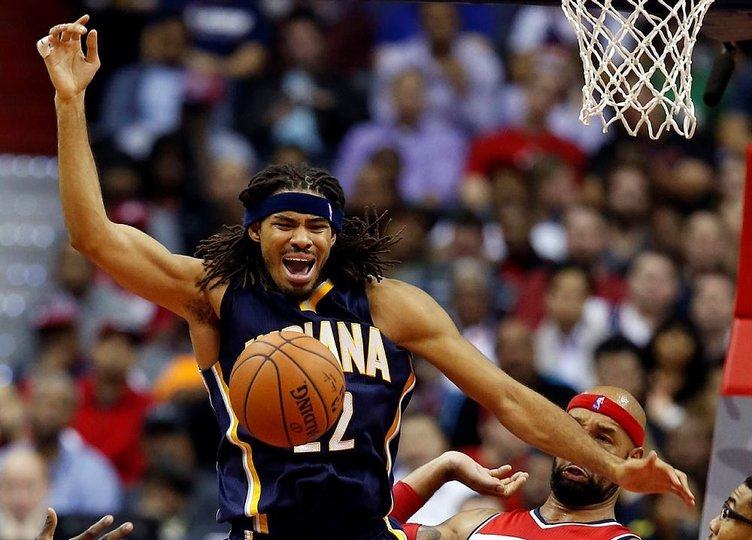 NBA yıldızı bıçaklandı