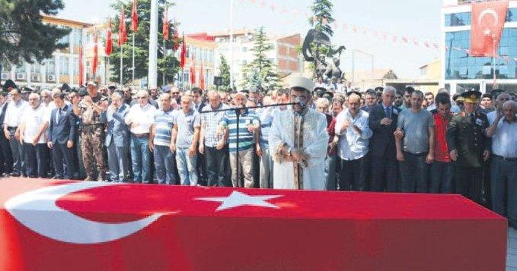 5 bin kişi PKK'ya lanet yağdırdı