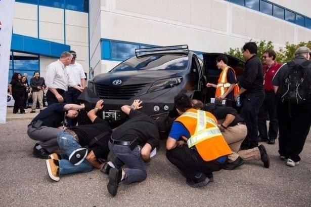 Toyota'dan görenleri şaşırtan otomobil