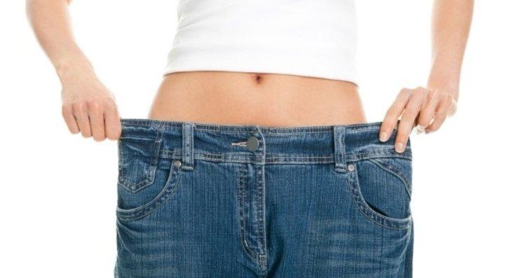 Sadece göbeğinizden kilo alıyorsanız bu yiyeceğe...