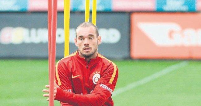Sneijder ikinci yarıya...