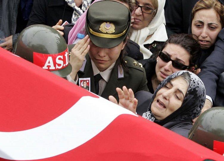 Şehit Murat Özyalçın ve Cihan Kızıltaş'ın cenaze törenleri