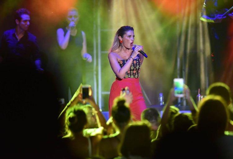 Şarkıcı Sıla küstahlığa devam ediyor