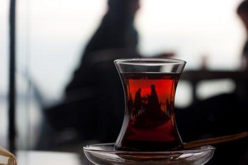 Her gün mutlaka siyah çay için çünkü…