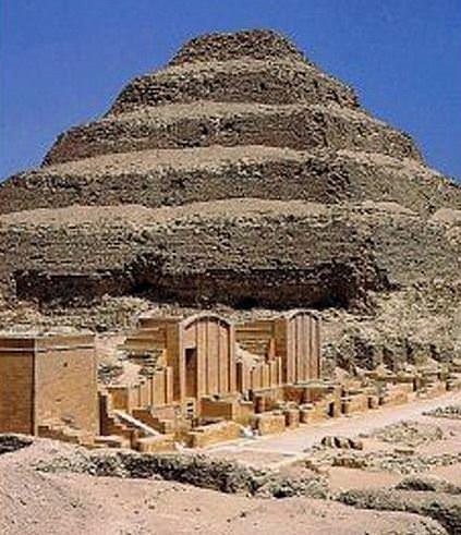 Dünyanın ilk piramidi Kazakistan'da