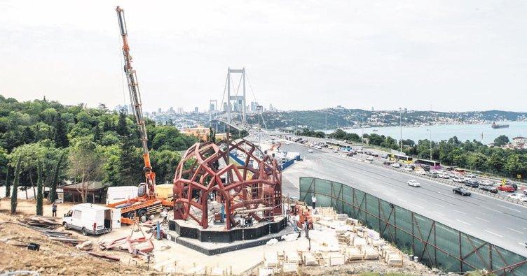 Erdoğan 15 Temmuz Zafer Anıtı'nı inceledi