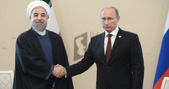 Putin ve Ruhani telefonda görüştü!
