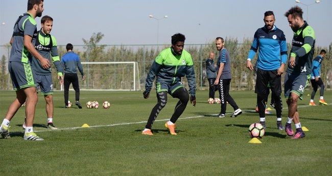 Konyaspor, Fenerbahçe'ye hazırlanıyor