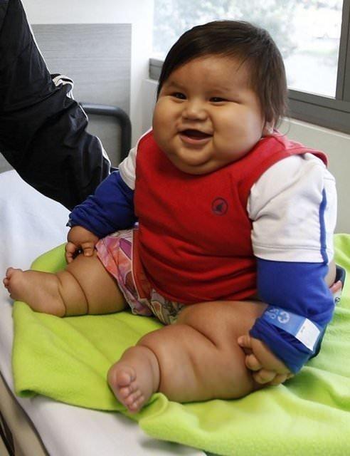 Sizce bu bebek kaç aylık?