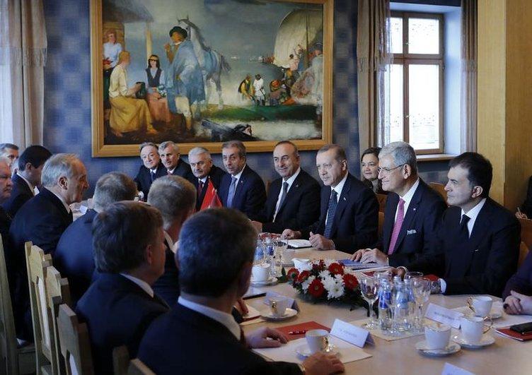Cumhurbaşkanı Erdoğan Letonya'da