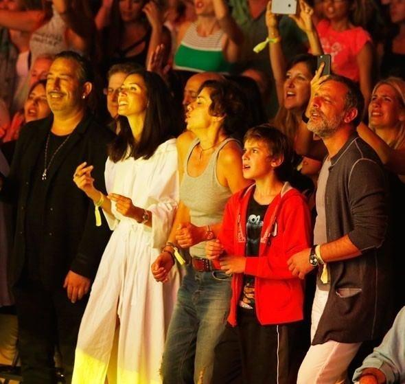 Cem Yılmaz ve Ebru Şallı aşkı devam ediyor