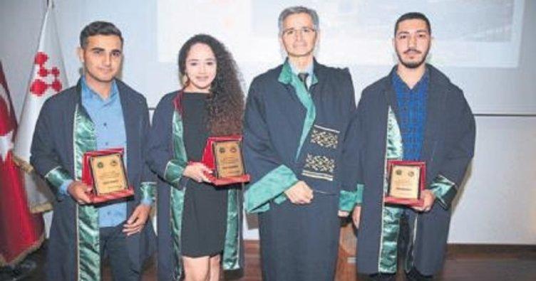 Teknik Bilimler MYO 70 öğrencisini uğurladı