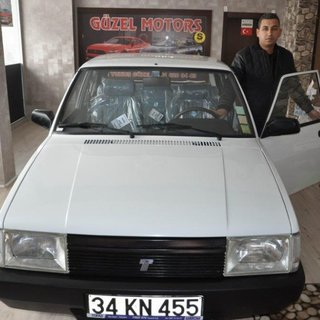 1994 model Şahin'in koltuk naylonları bile duruyor