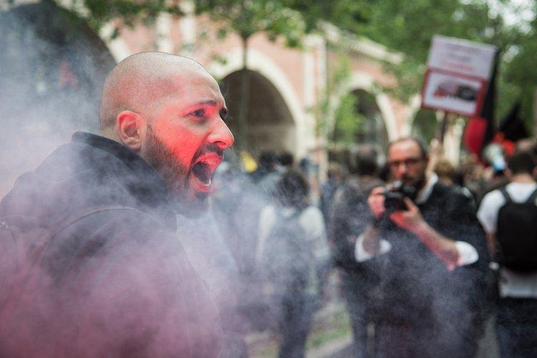 Fransa'da grev ve protesto dalgası