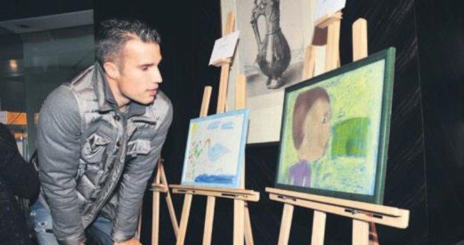 Suriyeli çocuklar için el ele verdiler