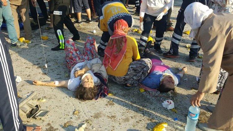 Sakarya'da feci kaza: 2 ölü, 9 yaralı