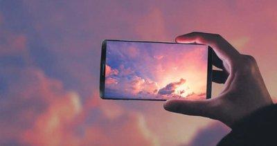 Ekranlar dev telefonlar küçük