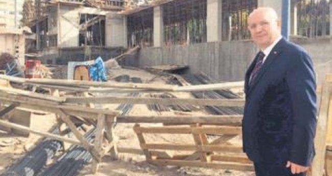 Başkan Yaşar, yeni inşaatları gezdi