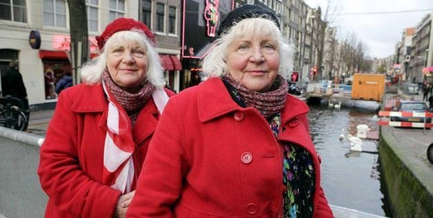 70 yaşındaki hayat kadınları emekli oldu