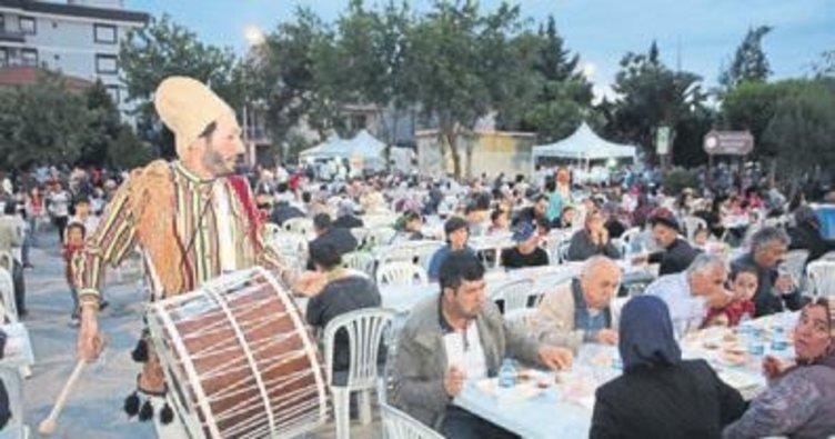 Menderes'te iftar bir başka güzel