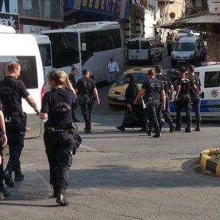 Kilis'te polisten okul çevrelerinde denetim