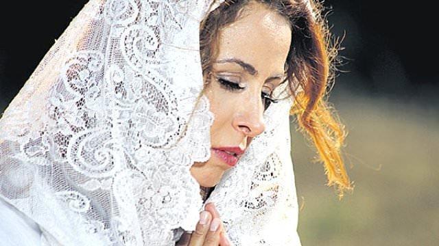 Niran Ünsal: Sadece helal yerlerimi görüyor
