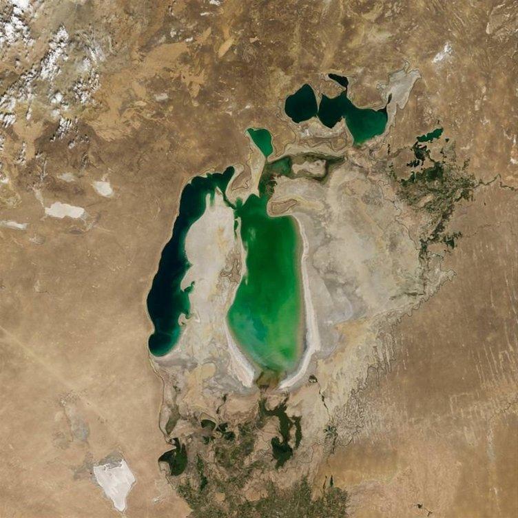 Aral Gölü kurumak üzere