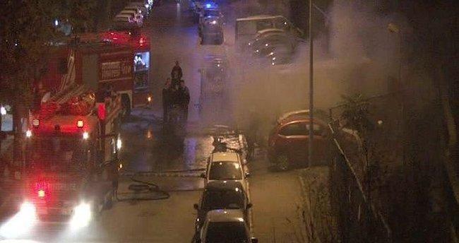 Bakırköy'de araç yangını