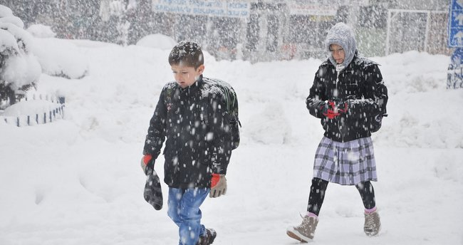 12 Ocak 2017 Perşembe İstanbul'da okullar tatil mi? Vasip Şahin açıklama yaptı mı?